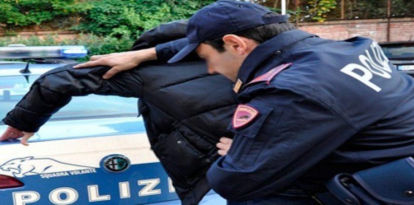Tenta di rubare un'auto: arrestato 62enne