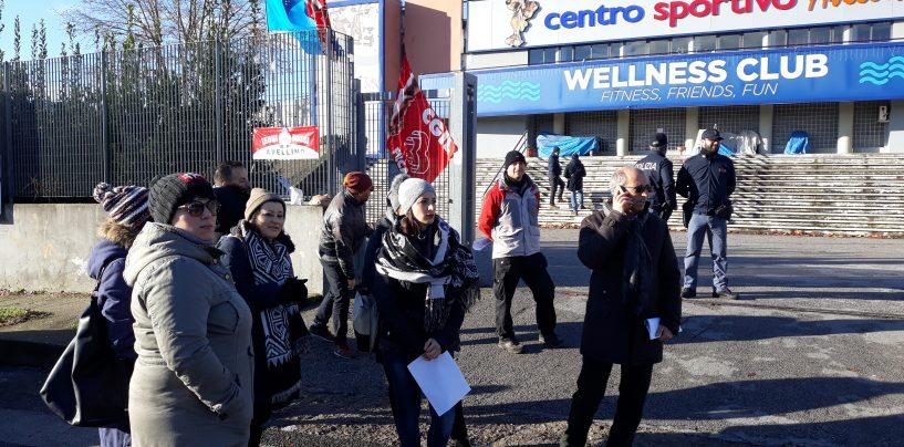 Piscina Comunale, i lavoratori incrociano le braccia e i sindacati chiamano Priolo
