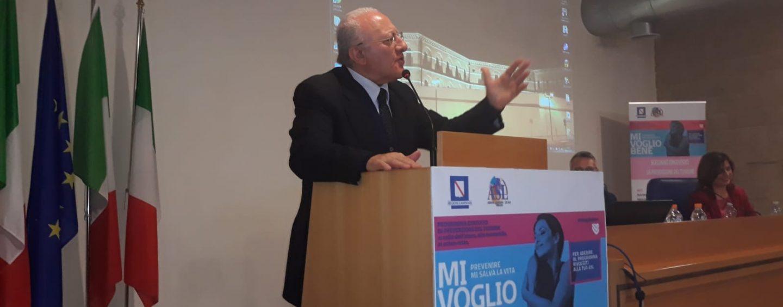"""De Luca scrive ai Prefetti: """"Evitare assembramenti di persone non autorizzati"""""""