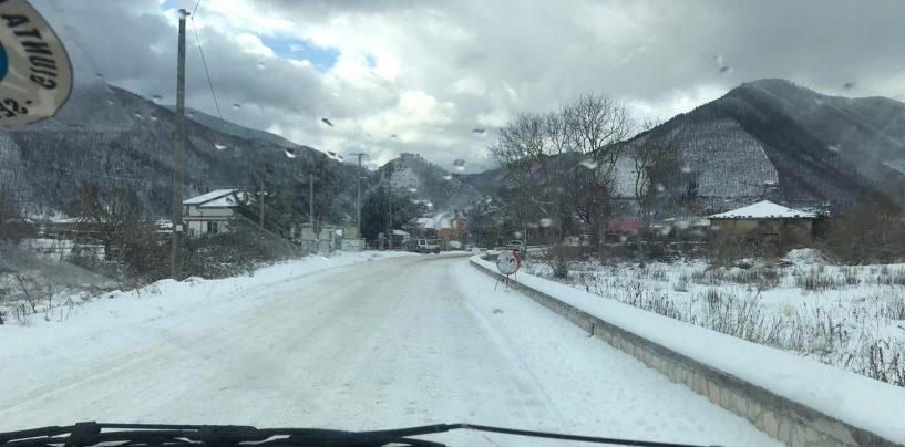 Neve in Irpinia, tavolo in Prefettura sull'emergenza. Intanto scatta l'allerta ghiaccio