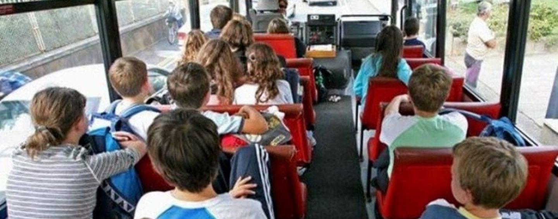 Guida ubriaco un autobus pieno di bambini in gita scolastica