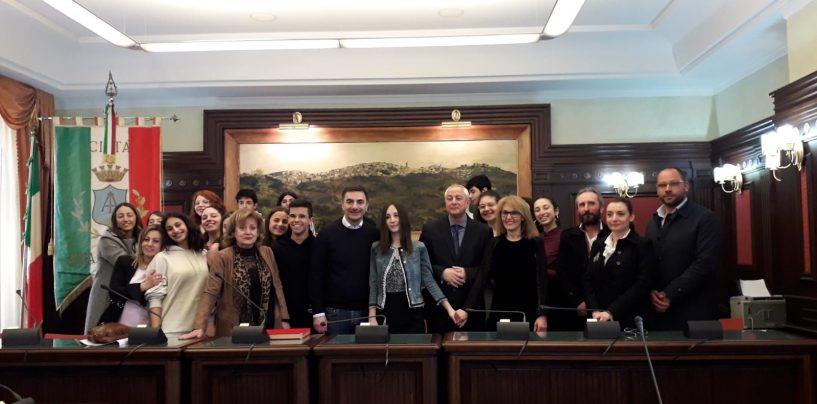 """""""Olimpiadi di Italiano"""", primo posto alla studentessa del Parzanese Gaia Volpe"""