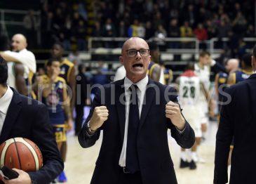 La Sidigas risorge contro Torino: la fotogallery di Irpinianews