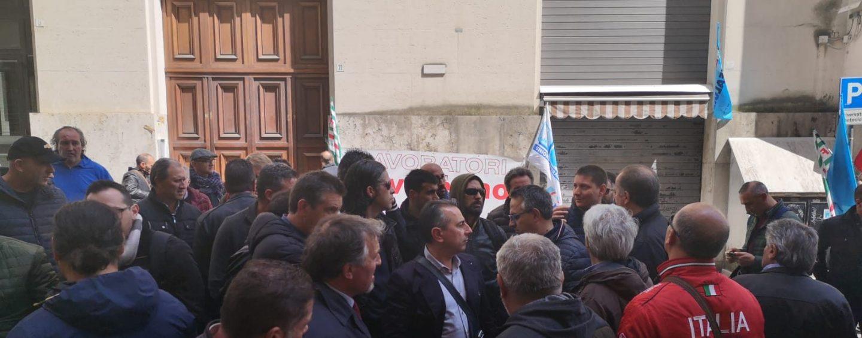 """Novolegno, boccata d'ossigeno per i lavoratori. Pallini (M5S): """"Ora serve alternativa seria"""""""