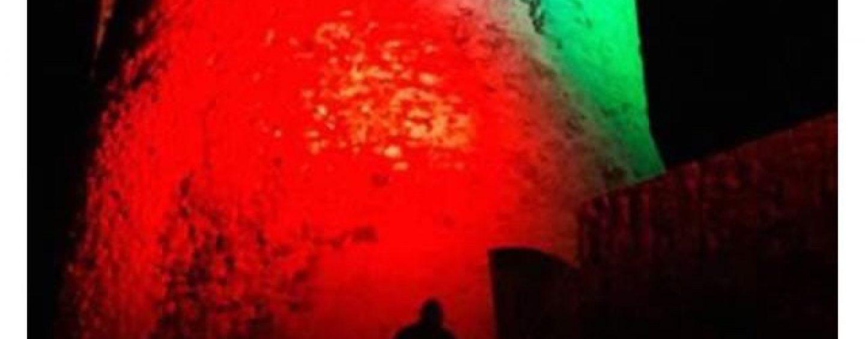 25 aprile, Summonte omaggia l'Italia: la torre Angioina si illumina del Tricolore