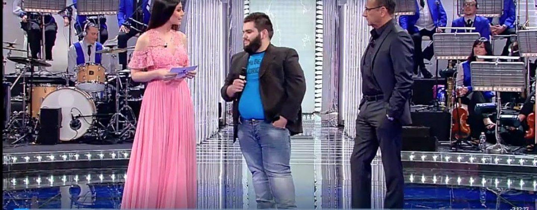 Armando, la voce di Montemiletto si esibisce alla Corrida