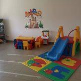 De Luca riapre in Campania asili e nidi