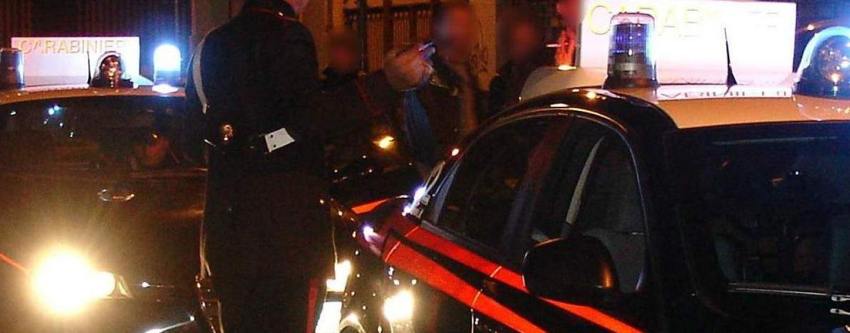 Festa al bar fino a tarda notte, arrivano i Carabinieri: nei guai il titolare