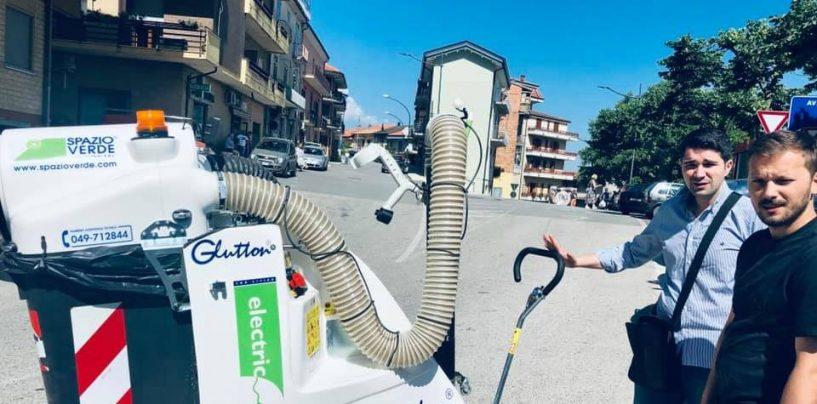 Nuove macchine elettriche aspira-rifiuti in azione: Chiusano investe sull'ambiente