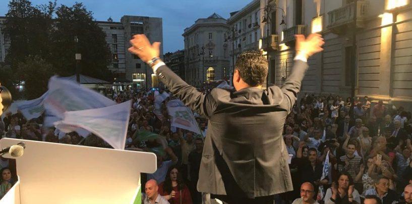 """FOTO/ L'ultima di Festa a Piazza Libertà: """"Qui passarono Morelli e Silvati, qui libereremo Avellino dalle clientele"""""""