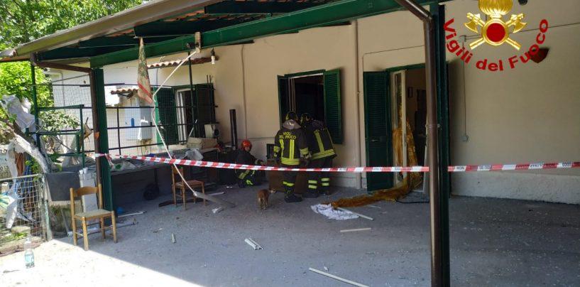 Esplosione in una villetta a Lauro: due feriti, una trasportata al centro grandi ustionati di Bari