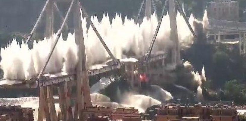 Genova, il ponte Morandi non c'è più. Via alla ricostruzione