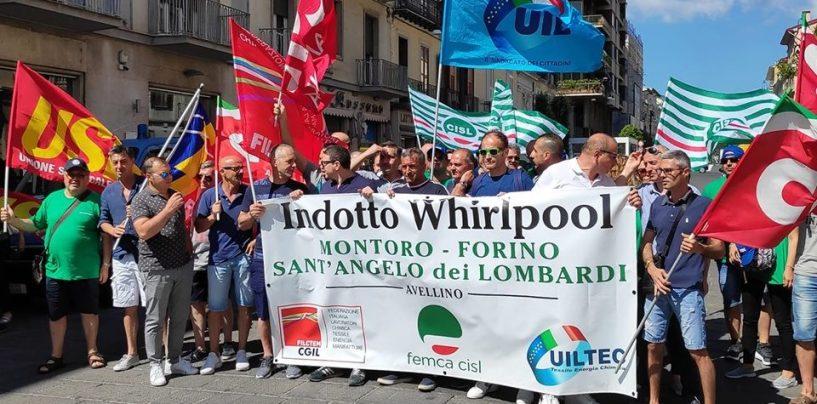 Whirlpool, confermato lo stop alla produzione a Napoli dal 31 ottobre