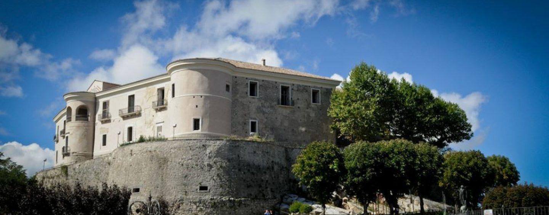 """""""Comunicando 2019"""", i vecchi calcolatori in mostra al castello di Gesualdo"""
