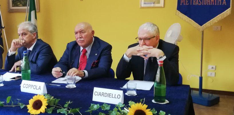 """FOTO / Coppola, Ciardiello e Piantedosi. A Piestrastornina tre nuovi cittadini """"doc"""". Il sindaco: continuate a starci vicino"""