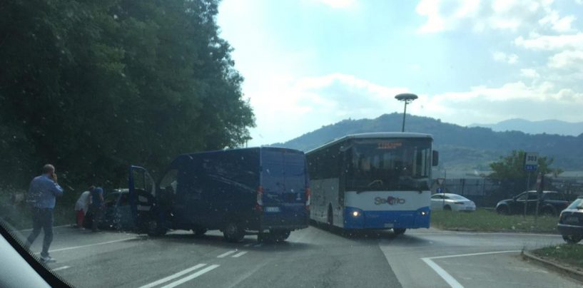 Esplosione a Pianodardine: residenti evacuati, traffico in tilt