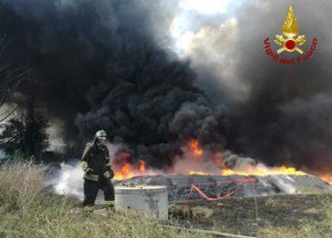Inferno di Pianodardine, la fotogallery dei Vigili del Fuoco di Avellino