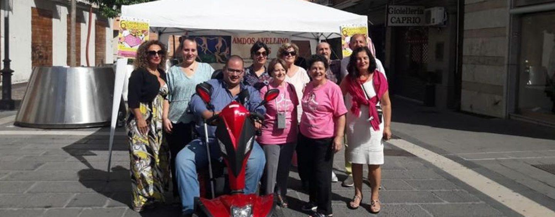 Movimento Italiano Disabili, Esposito al gazebo della Camminata Rosa dell'Amdos