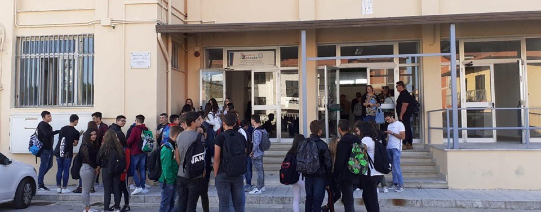"""Borracce termiche agli studenti, il """"De Sanctis"""" di Sant'Angelo dei Lombardi sarà plastic free"""