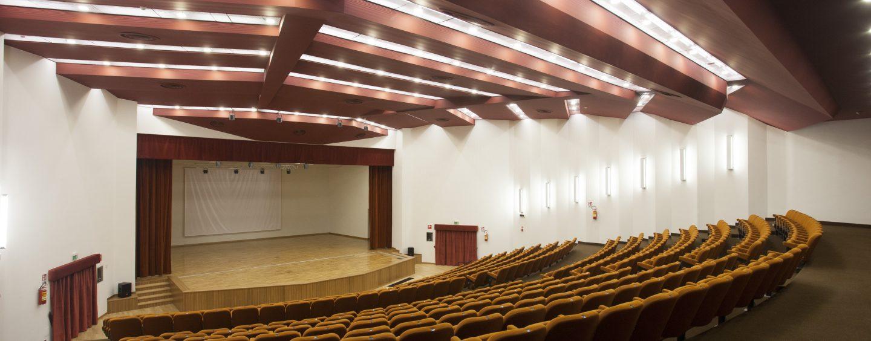 """Tre concerti in tre giorni al Conservatorio di Avellino. Si parte con """"Un viaggio nella canzone napoletana"""" e Pino Daniele"""