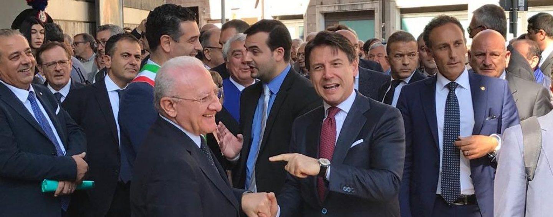 """Coronavirus, De Luca ottiene i rinforzi: """"Arriva l'esercito in Campania"""""""