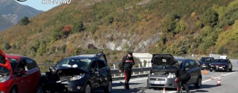 Incidente sull'Ofantina, morte due persone di Serino fermate a soccorrere automobilista in panne