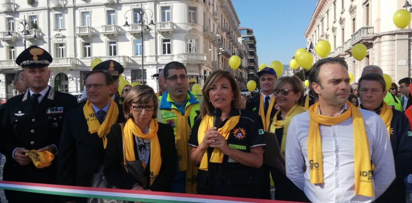"""FOTO / Prevenzione, Protezione civile in piazza: Irpinia presente. """"Cittadini informati possono salvare la vita di tante persone"""""""