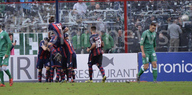 Avellino in caduta libera: il derby è della Casertana