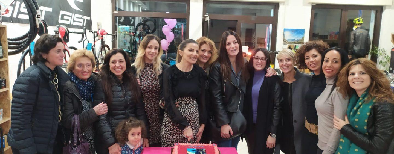 In bici con il cuore, Emilia e le altre: donne in aiuto delle donne…