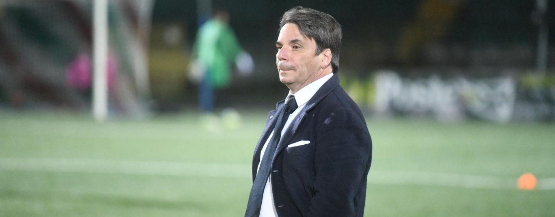 """Avellino, Capuano: """"Domani uno spareggio, abbiamo bisogno della curva"""""""