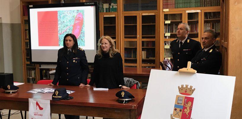 """""""L'amore non fa male"""", la Polizia di Stato sale in cattedra al Ruggero II di Ariano"""