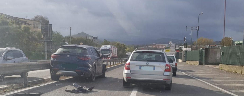 Incidente lungo la Variante, traffico rallentato in direzione Avellino