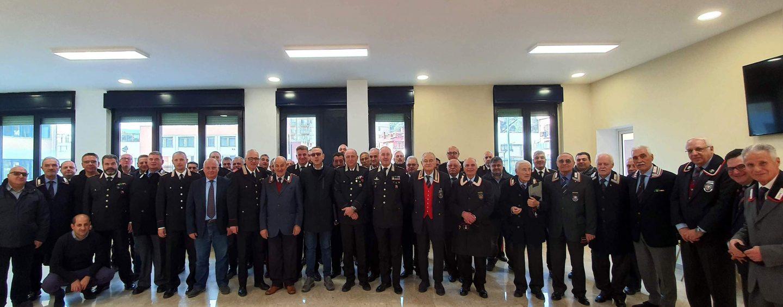 """Tradizionale scambio di auguri alla Caserma """"Litto"""" con l'Ispettore Regionale per la Campania dell'Associazione Nazionale Carabinieri"""