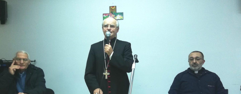 Nasce il bignami della fede del vescovo Aiello
