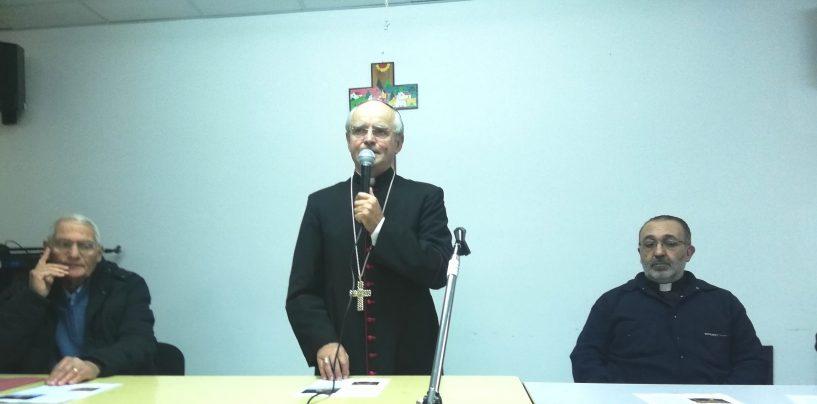 """""""I poveri hanno bisogno di noi 365 giorni all'anno, il buonismo a tema non serve"""". Il Vescovo incontra gli """"ultimi"""""""