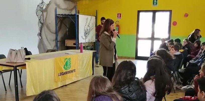 San Michele di Serino, studenti a scuola da Legambiente