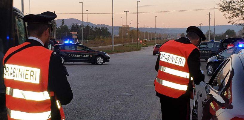 Trevico: in auto con un coltello a serramanico, denunciato 40enne
