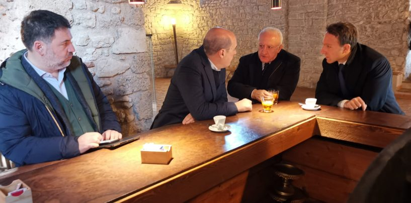 Verso le Regionali: il Governatore De Luca incassa il sostegno del Partito Democratico