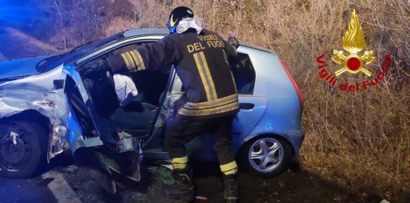 Incidente nella notte sull'Ofantina, 4 feriti trasportati all'ospedale di Sant'Angelo dei Lombardi