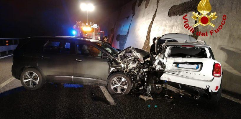 Monteforte Irpino, incidente sull'A16: un ferito