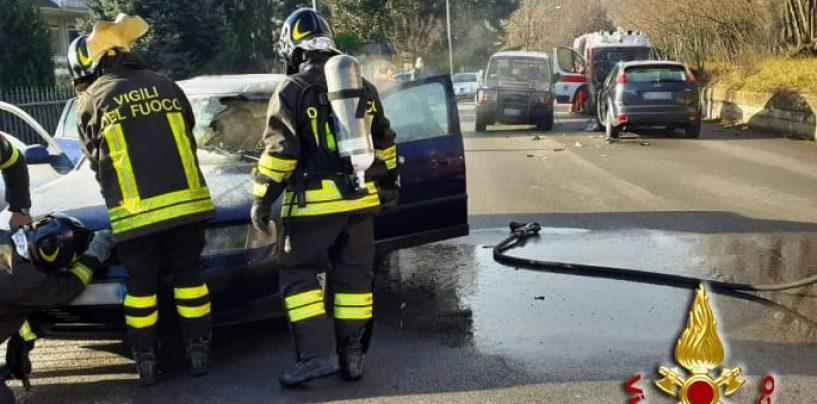 Auto in fiamme e incidente stradale: mattinata di paura a Picarelli
