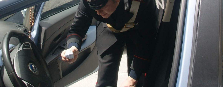 Baiano, i carabinieri beccano e denunciano uno spacciatore 60enne