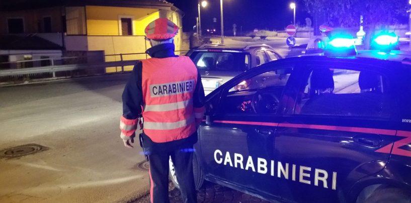 Montoro, carabinieri e cittadini mettono in fuga ladri d'appartamento: indagini in corso