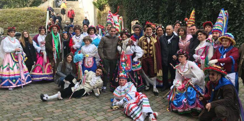 """""""Viva il carnevale irpino, viva la Zeza di Bellizzi"""". E stasera si replica con Zezone e Ballo della Quadriglia"""