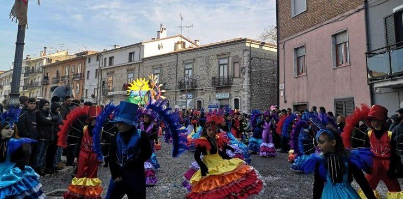 Il Coronavirus fa sospendere il carnevale Castelveterese: rinviato all'8 marzo