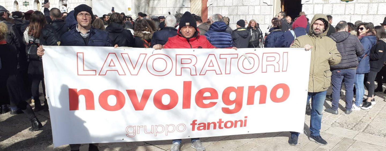 Via i macchinari dalla Novolegno, sit-it dei lavoratori in attesa di risposte da Governo e Regione
