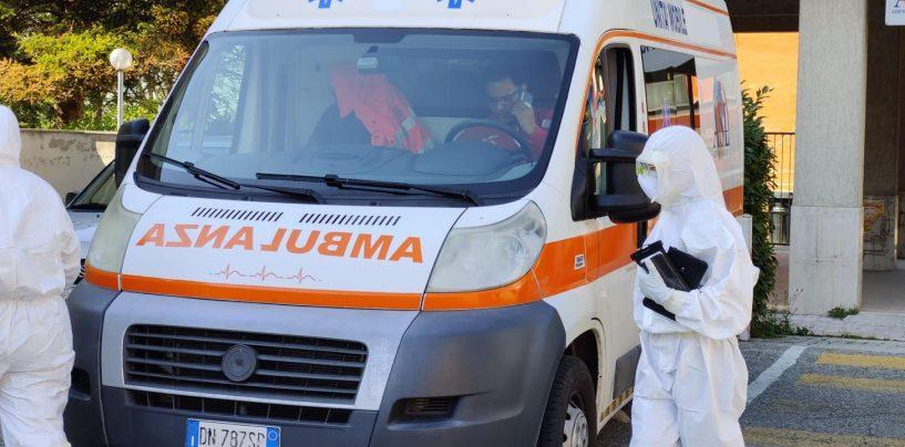 Incidente stradale ad Atripalda: coinvolta ambulanza con paziente sospetto Covid