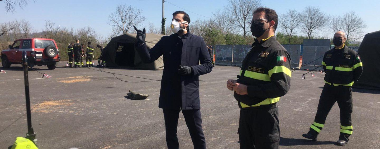 """FOTO/ Anche il Sottosegretario Sibilia a Campo Genova: """"A disposizione di tutti i sindaci. Sì ai test rapidi"""""""