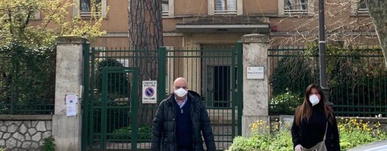 """D'Agostino e Davidde: 100 mascherine per la casa di riposo """"Rubilli"""" di Avellino"""