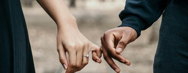 Dal 4 maggio sarà possibile incontrare fidanzati e fidanzate: anche loro sono congiunti